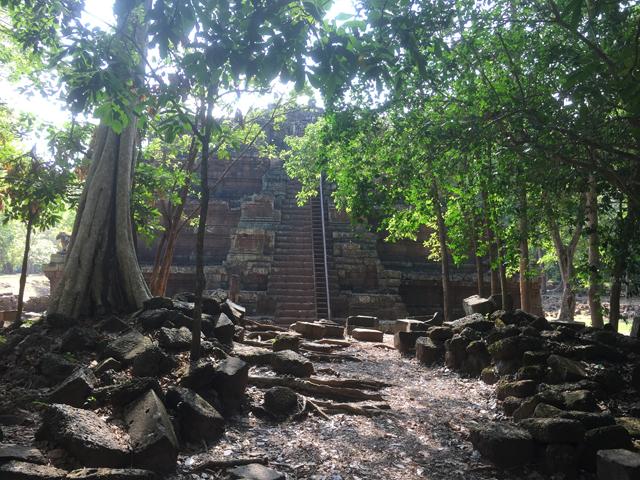 http://www.itonaika.com/column/images/AT736PhimeanakasIMG_5858.JPG
